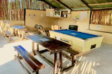 7 tv_pool room
